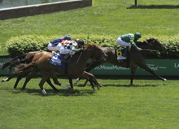 blowout-Longines-Churchill-Distaff-Turf-Mile-Stakes_hr_WEB_Horsephotos.jpg